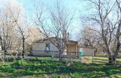 Lindsay Single Family Home For Sale: 17708 N State Highway 76 Highway