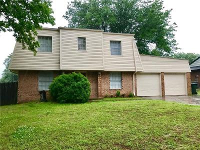 Norman Single Family Home For Sale: 2326 Lindenwood Ln. Lane