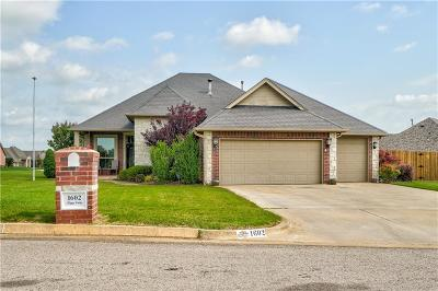 Shawnee Single Family Home For Sale: 1602 Happy Valley