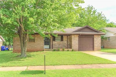 Norman Single Family Home For Sale: 1611 Pinewood Drive