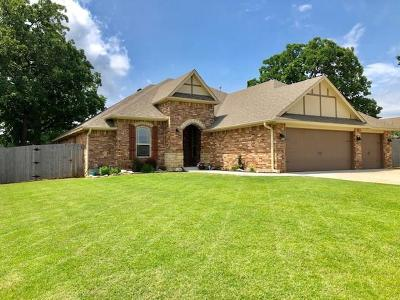 Single Family Home For Sale: 15098 Red Stone Road