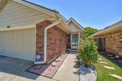 Moore OK Single Family Home For Sale: $159,900