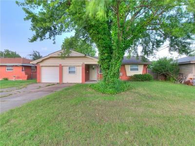 Moore Single Family Home For Sale: 108 S Norman Avenue