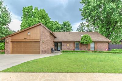 Norman Single Family Home For Sale: 3714 Brookhollow