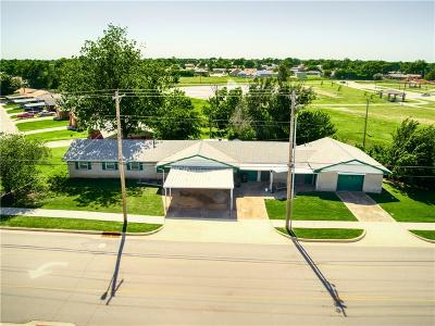 Moore OK Single Family Home For Sale: $117,500