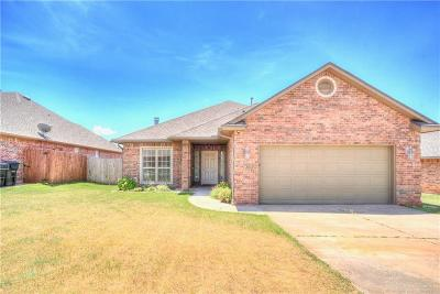 Moore OK Single Family Home For Sale: $182,900