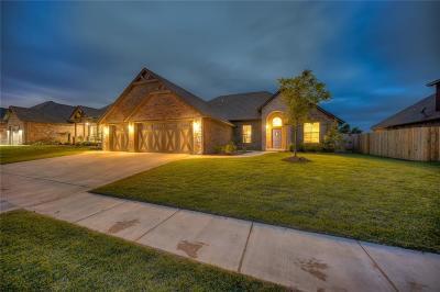 Yukon Single Family Home For Sale: 11505 Fairways Avenue