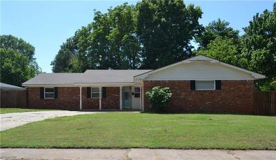 Midwest City Single Family Home For Sale: 3601 Meadowbrook Drive