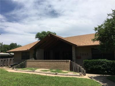 Altus Single Family Home For Sale: 2045 N Willard Street