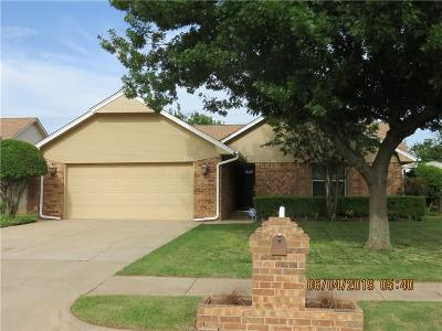 Moore Single Family Home For Sale: 2316 Eastridge Circle