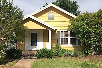 Stillwater Single Family Home For Sale: 1305 S Lowry Street