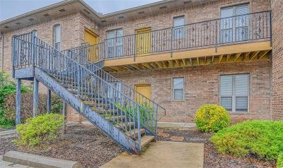 Norman Condo/Townhouse For Sale: 1812 Alameda Street #322