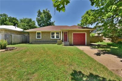 Midwest City Single Family Home For Sale: 208 E Coe Drive