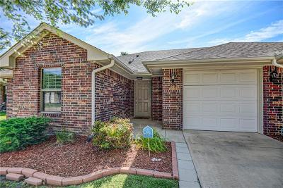 Edmond Attached For Sale: 408 Victory Road