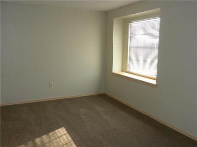 Moore OK Rental For Rent: $1,150