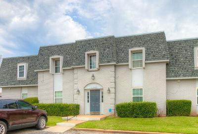 Oklahoma City Condo/Townhouse For Sale: 11421 N May Avenue #B