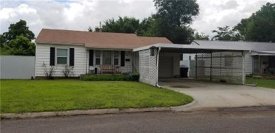 Midwest City Single Family Home For Sale: 518 Foster Place