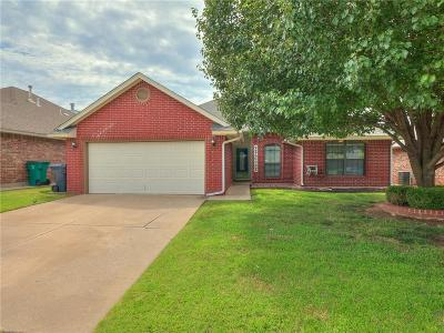 Oklahoma City Single Family Home For Sale: 13032 Almond Drive