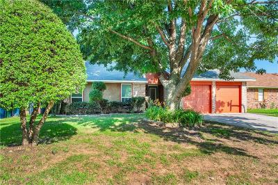 Oklahoma City Single Family Home For Sale: 8001 Curtis Terrace