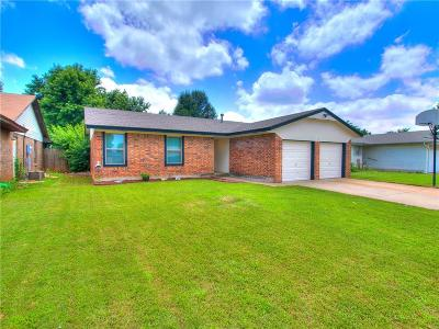 Mustang Single Family Home For Sale: 740 W Elder Drive
