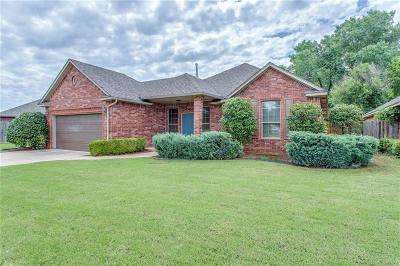 Norman Single Family Home For Sale: 1220 Cedar Creek Drive