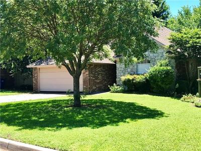 Noble Single Family Home For Sale: 604 Woodbriar Road