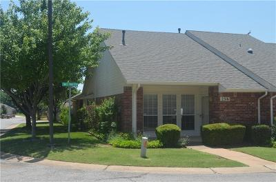 Edmond Condo/Townhouse For Sale: 2316 Sweetwater Street