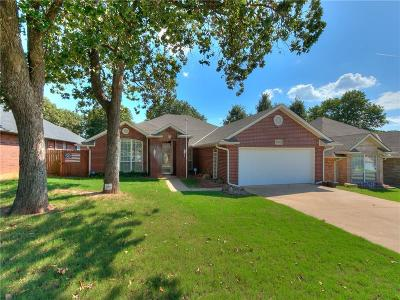 Midwest City Single Family Home For Sale: 9932 Hunters Run