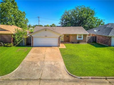 Moore Single Family Home For Sale: 793 Camelot