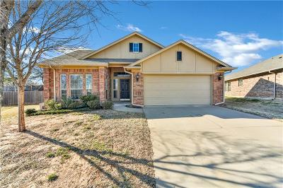 Midwest City Single Family Home For Sale: 1601 Choctaw Wood Drive