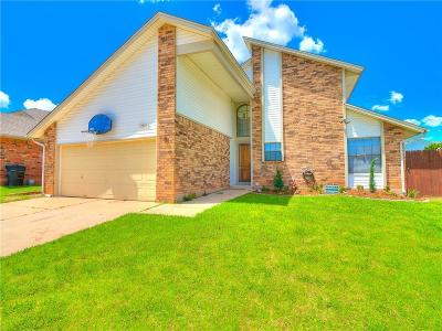 Moore OK Single Family Home For Sale: $144,000