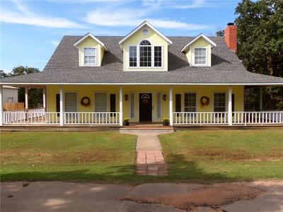 Tecumseh Single Family Home For Sale: 43360 Hickory Drive