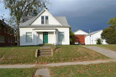 Shawnee Single Family Home For Sale: 536 N Broadway Avenue