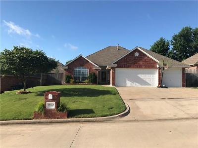 Midwest City Single Family Home For Sale: 11542 Andover Court