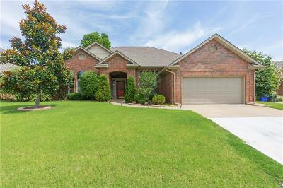 Norman Single Family Home For Sale: 3617 Burlington Drive