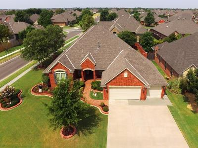 Moore Single Family Home For Sale: 3013 Sycamore Court