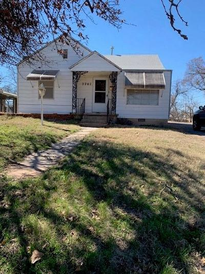 Bethany Single Family Home For Sale: 3707 N Mueller Avenue