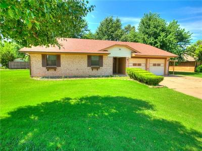 Edmond Single Family Home For Sale: 2000 Vanishing Trail