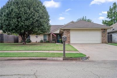 Edmond Single Family Home For Sale: 2201 Rushing Meadows