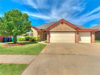 Moore OK Single Family Home For Sale: $220,000