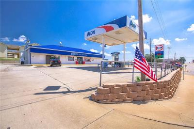 Weatherford Commercial For Sale: 401 W Davis Avenue