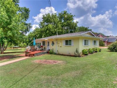 Oklahoma County Single Family Home For Sale: 158 W Shore Drive