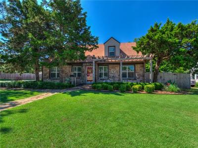 Edmond Single Family Home For Sale: 230 E 7th Street