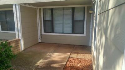 Oklahoma City Condo/Townhouse For Sale: 2829 NW Indian Creek Boulevard