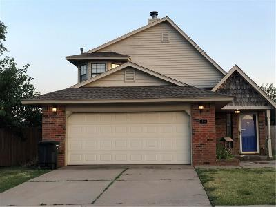 Moore OK Single Family Home For Sale: $145,000
