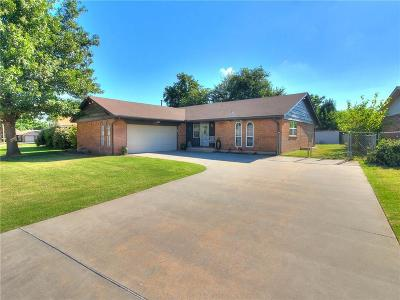 Yukon Single Family Home For Sale: 725 Willow Run