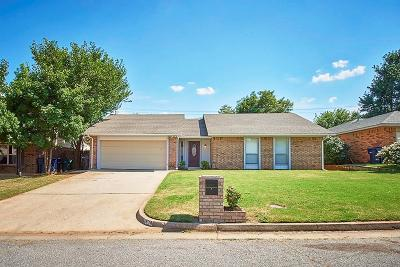 Oklahoma City Single Family Home For Sale: 8804 NW 86th Street