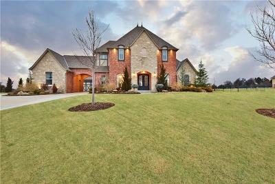 Edmond Single Family Home For Sale: 2459 La Belle Rue