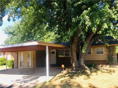 Moore Single Family Home For Sale: 2700 Kings Road
