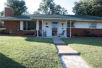 Midwest City Single Family Home For Sale: 301 W Silver Meadow Drive